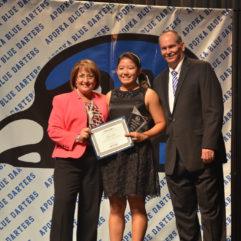 Mayor Jacobs presents award to Apopka High School student
