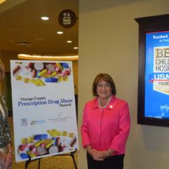 La Alcaldesa Jacobs en la Cumbre sobre el Abuso de Medicamentos Recetados en el Condado de Orange