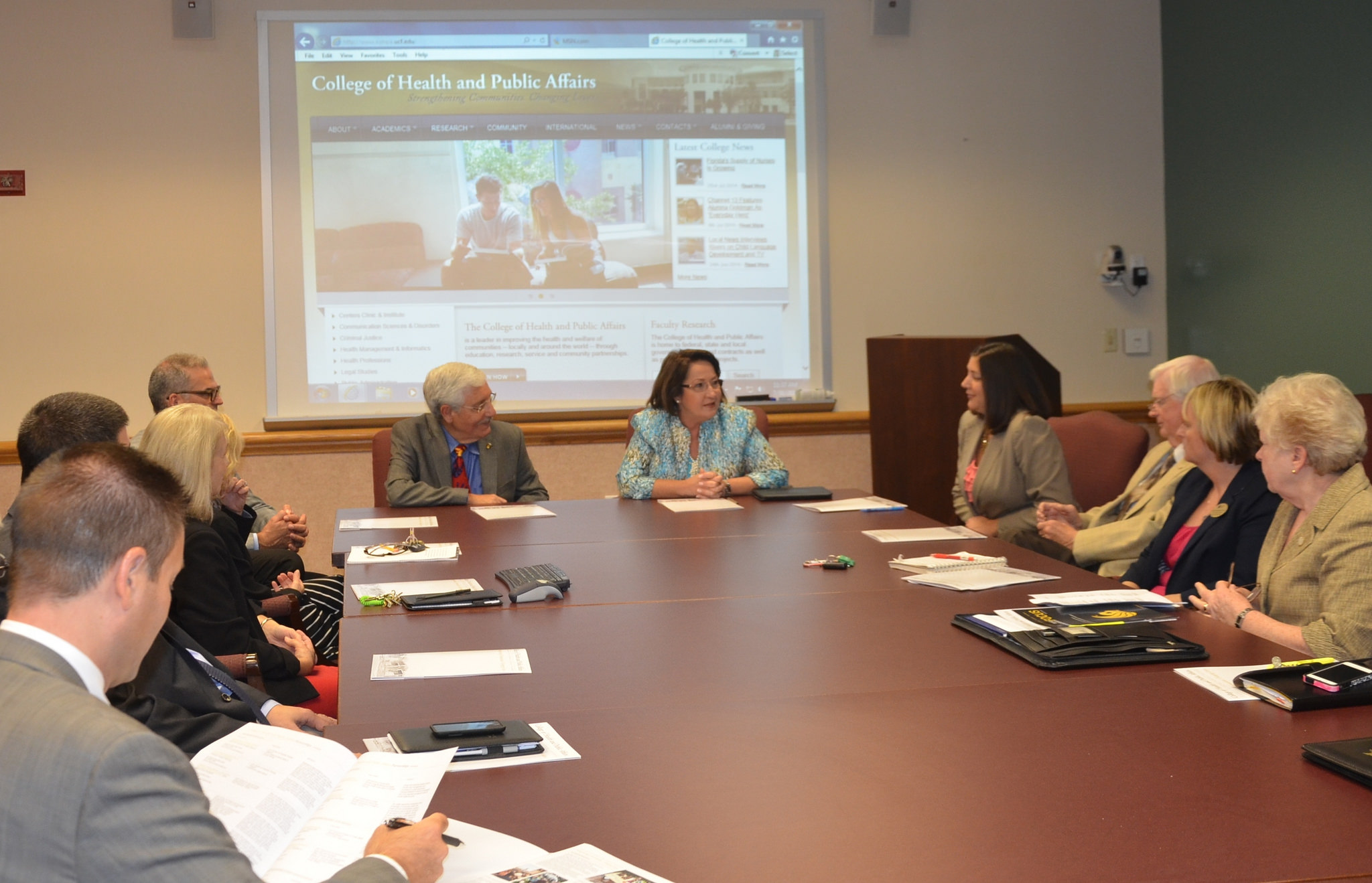 Mayor Jacobs with personnel from UCF College of Health and Public Affairs