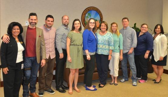 La Alcaldesa Jacobs con el equipo de PR