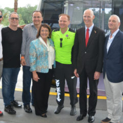 Mayor Jacobs and personnel at the Orlando Eye