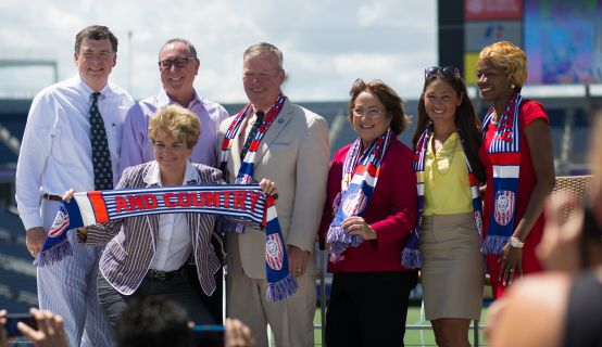 Mayor Jacobs and City of Orlando personnel for US Women's Soccer Victory Tour