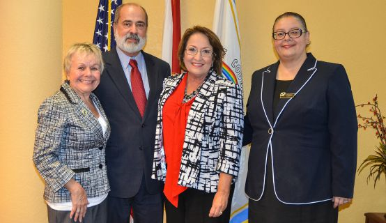La Alcaldesa Jacobs con Líderes de la Comunidad Brasileño-Americana de la Florida Central