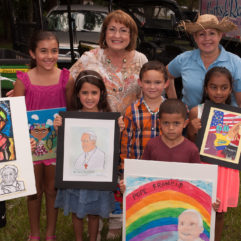 Mayor Jacobs with children celebrating Hispanic Heritage Month