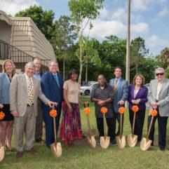El Condado de Orange junto a Wayne Densch Charities, Florida Hospital y Ability Housing Hace un Importante Anuncio para Atender la Problemática de los Sin Techo