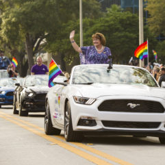 "Orlando Celebra ""Come out with Pride Orlando"" con Récord en Concurrencia"