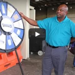 """Los Residentes Participan en el Día del Reciclaje del Condado de Orange; Están Todos Invitados a """"Think 5"""""""