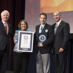 Mayor Jacobs with Guinness World Records representatives