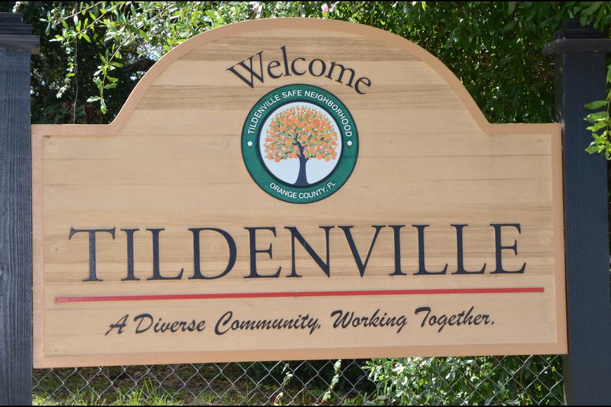 Tildenville neighborhood sign