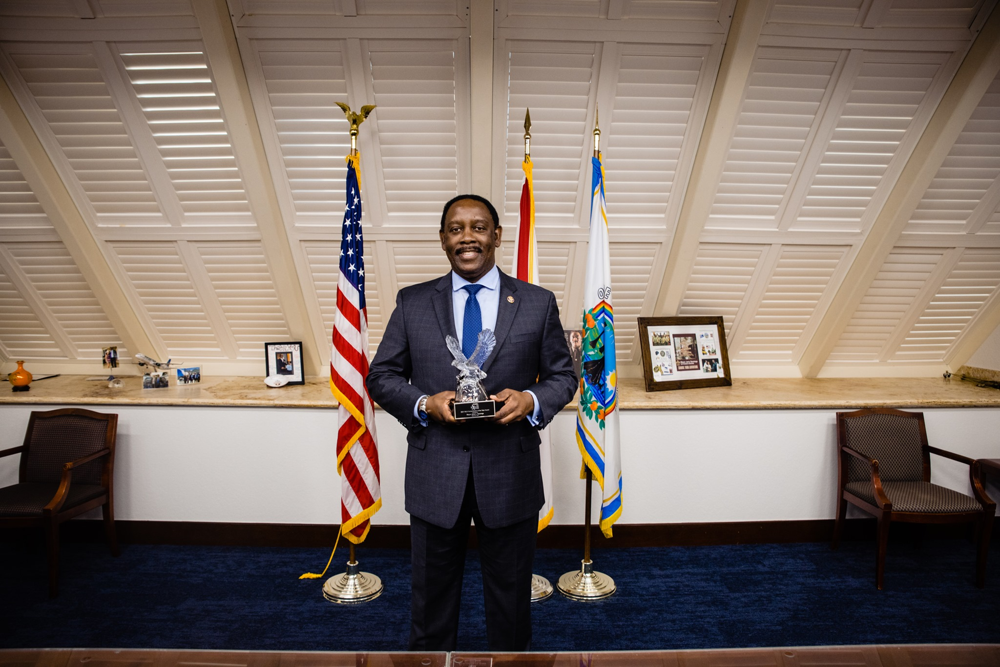 Mayor Demings recipient of the African American Chamber's 2021 MLK Humanitarian of the Year Award