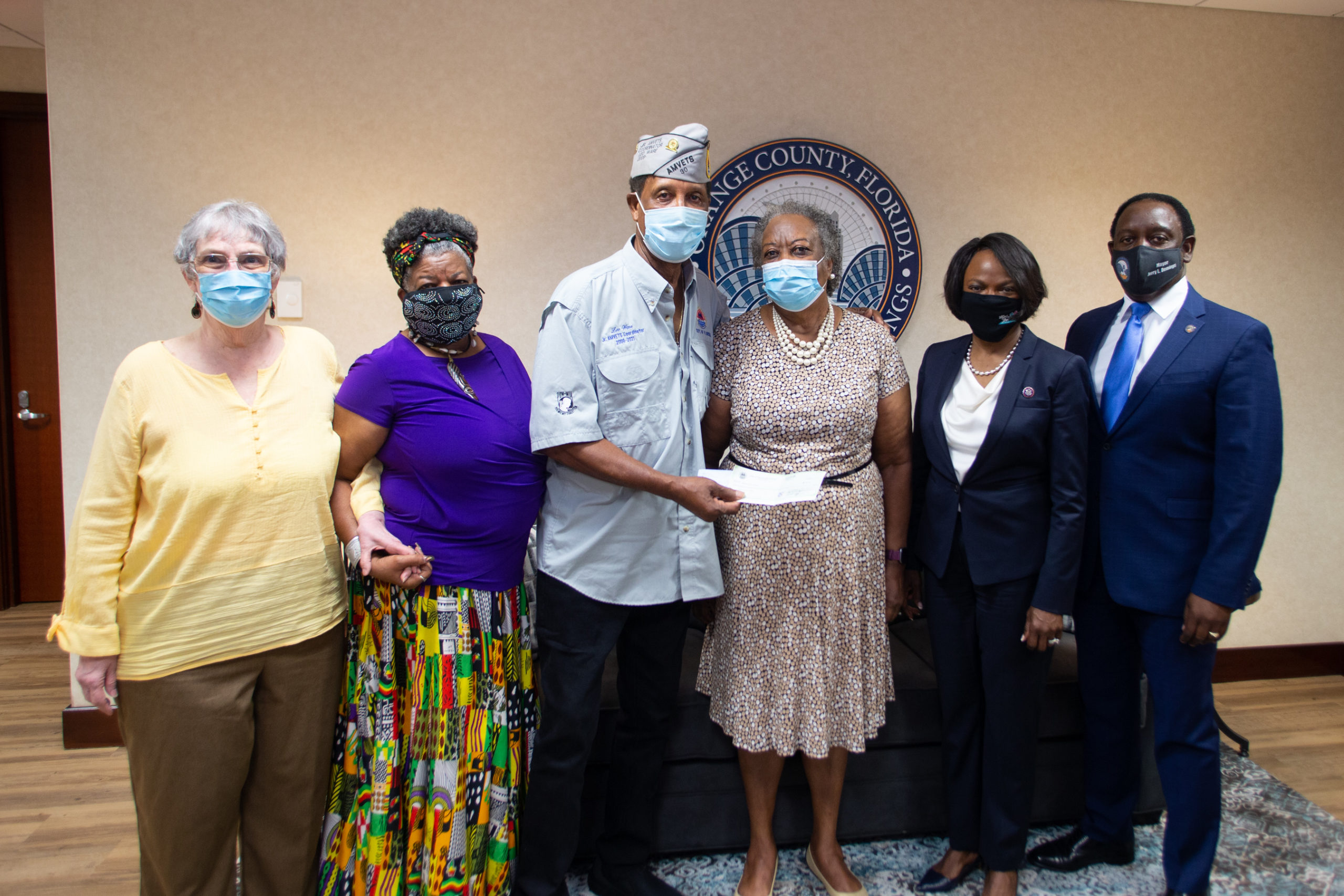 Mayor Demings and U.S. Representative Val Demings met with the Voices for our Father Legacy Foundation.
